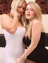 Blonde duo in sexy lingerie