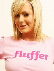 Jessica socking cock as a fluffer