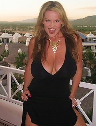 In Mexico, Kelly makes a big cock cum all of...