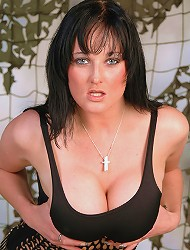 Brit babe Donna Marie shows off her melons and...